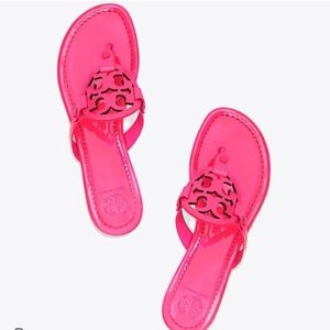 Tory Burch | Miller EUC patent Leather bright Pink